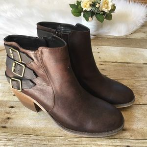 Maurice's Brown Ankle Bootie Size 11